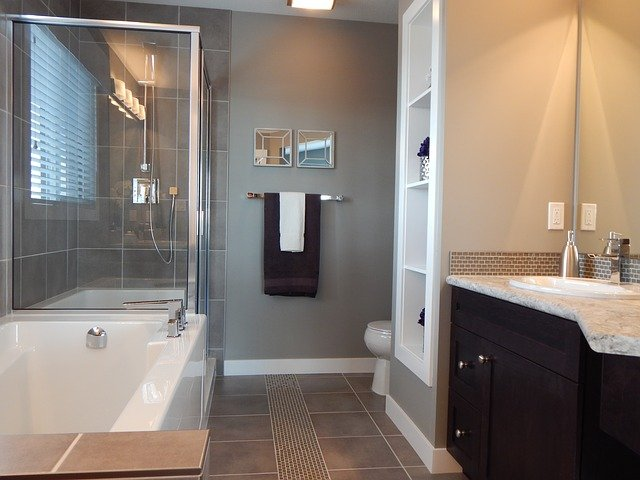 square bathroom