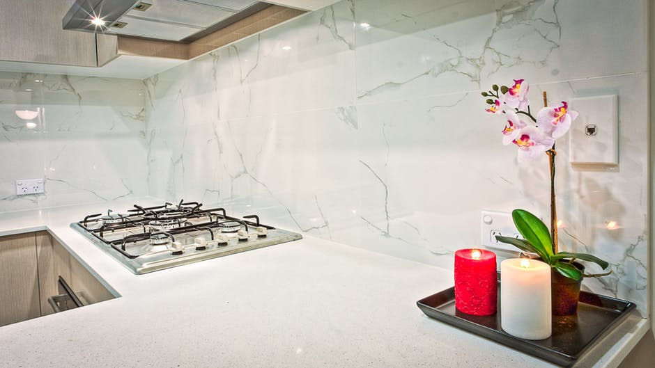 Composite kitchen backsplash