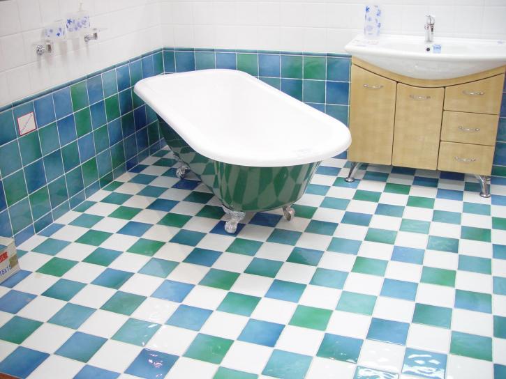 bathroom mosaic flooring