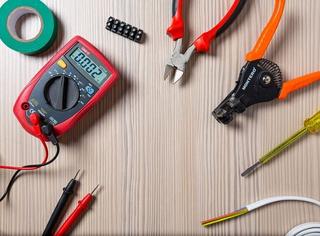 12 Effective Ways to Find an Electrician Who's Great