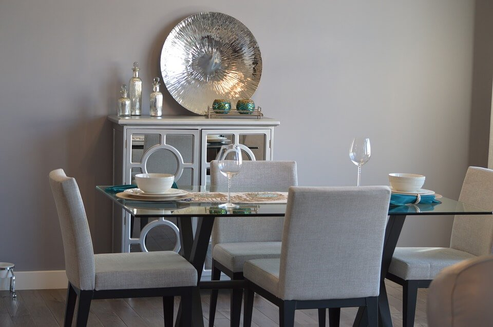 Freestanding dining room storage