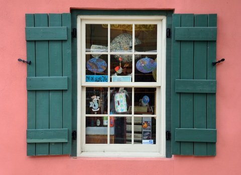 color shutters