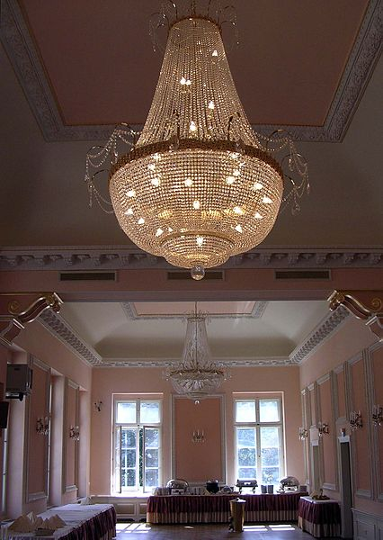 chandelier foyer