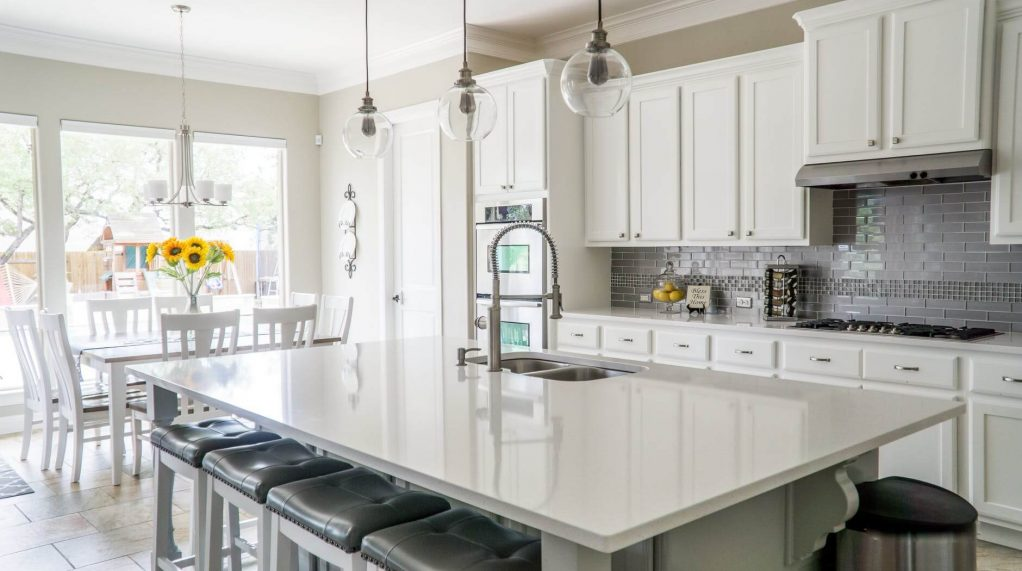 Should You Paint or Replace Your Kitchen Cabinets-