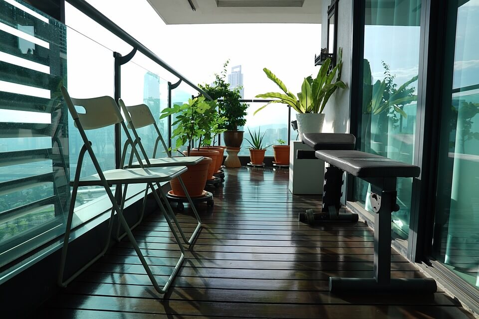 clutter free apartment balcony