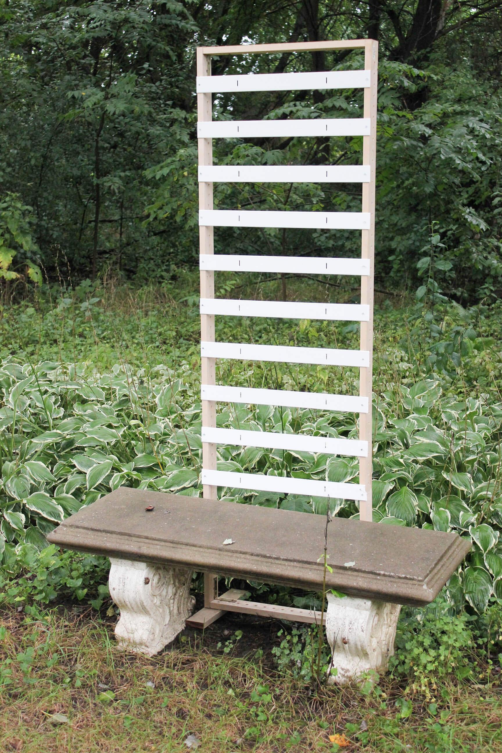 building a garden screen