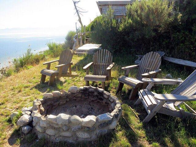 gravel fire pit