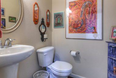bathroom wall decor ideas painting