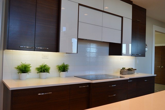 lacquered kitchen cabinets