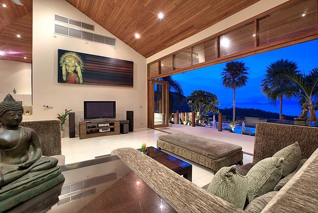 living room with outdoors
