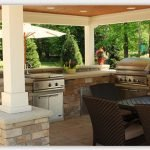 Why You Should Install an Outdoor Kitchen