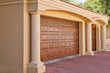 Garage Doors Buying Guide: All You Need to Know