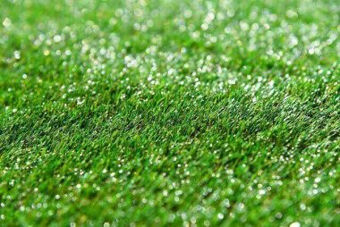 Artificial Turf Grass for Your Lawn: Pros and Cons