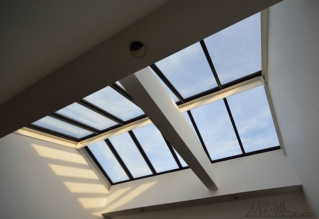 pros and cons of skylights