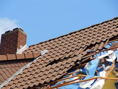 Roof Replacement Cost and Signs That Tell You Need a New Roof