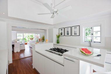 7 White Kitchen Countertops for a Dreamy Kitchen