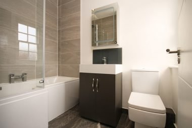 Buying Bathroom Medicine Cabinets? Keep These Factors in Mind