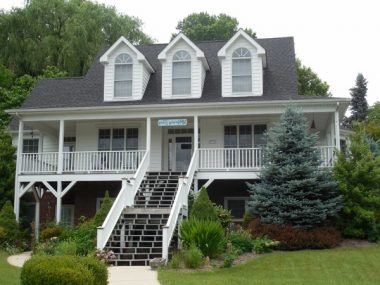 6 Porch Railing Materials That Lend Style to Your House