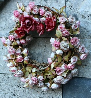rose summer wreath
