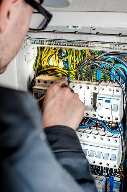 Installing electrical panel