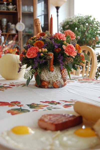 Turkey flower vase