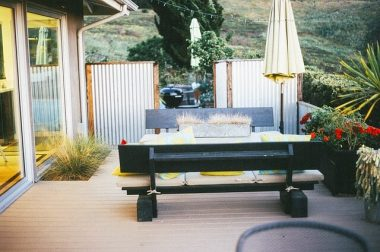 A Guide on Composite Decking Materials and Prices