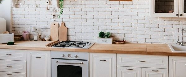 Do You Know The Pros And Cons Of A Brick Backsplash