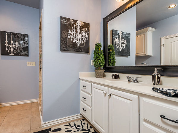 decorative bathroom colors