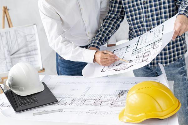 Architect vs contractor