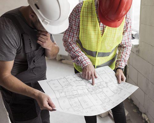 Contractor vs subcontractor