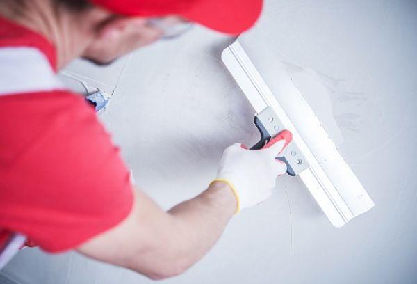repair cracks in walls