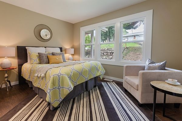 small bedroom rug placement