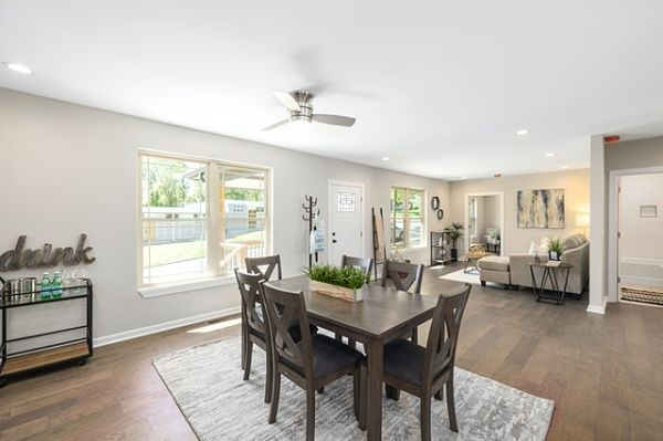 dining room furniture placement