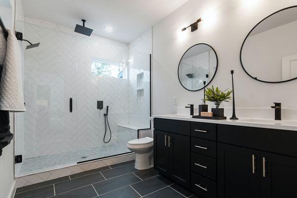 black white bathroom