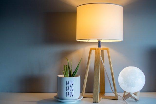 lamp decor for rental